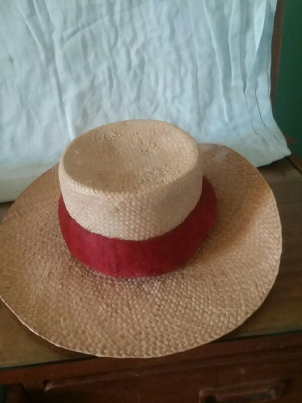 HAWAIIAN RED FEATHER LEI HATBAND VINTAGE HANDCRAFTED
