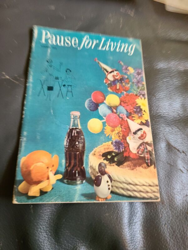 1955 COCA-COLA PAUSE FOR LIVING BOOKLET (SUMMER) L@@K!!!