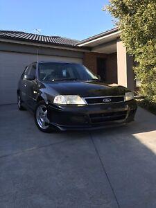 2002 Ford Laser SR