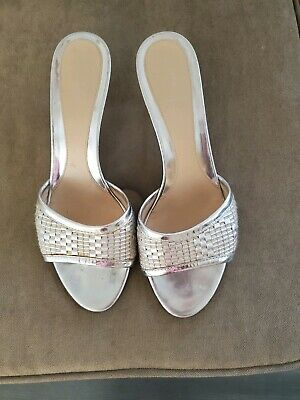 Fendi leather silver heels- size 7.5 B- great condition