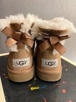 UGG Kids Bailey Bow II Warm Boots 1017394K sz: US 9