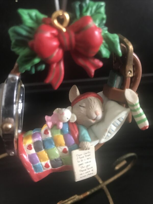 ENESCO CHRISTMAS ORNAMENT: ALMOST TIME FOR SANTA: MOUSE SLEEPING IN WATCH NEW