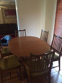 Beautiful Wooden Dining Table And Chairs