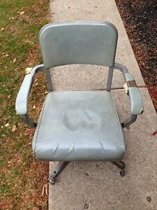 1940s chair – great condition, just needs reupholstering