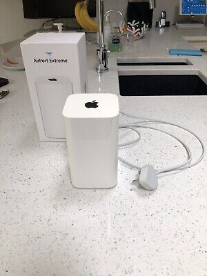 Apple Airport Extreme 6th Generation A1521 1331 Mbps Wireless Router