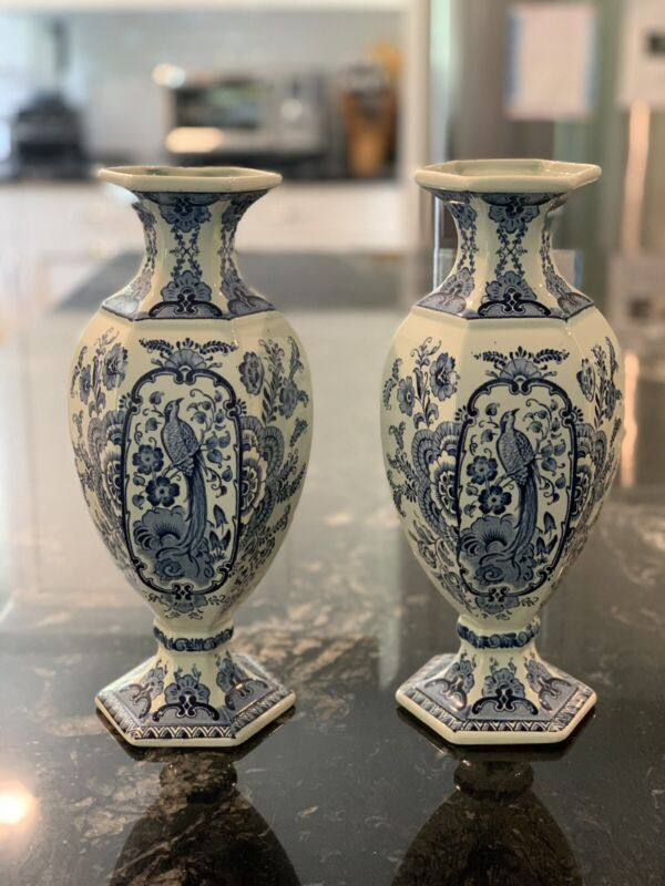 Vintage DELFT VASES Peacock Bird BOCH ROYAL SPHINX HOLLAND Blue & White PAIR