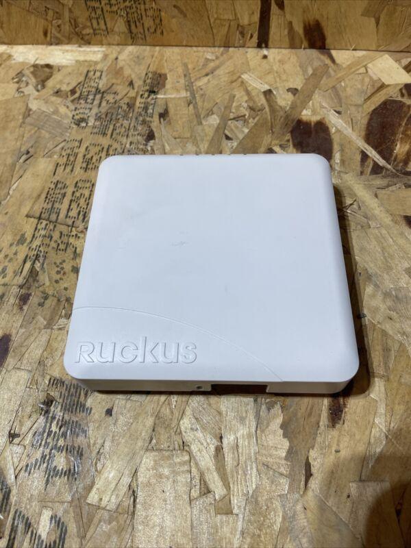 RUCKUS R600 901-R600-US00 ZONEFLEX AP WIRELESS ACCESS POINT