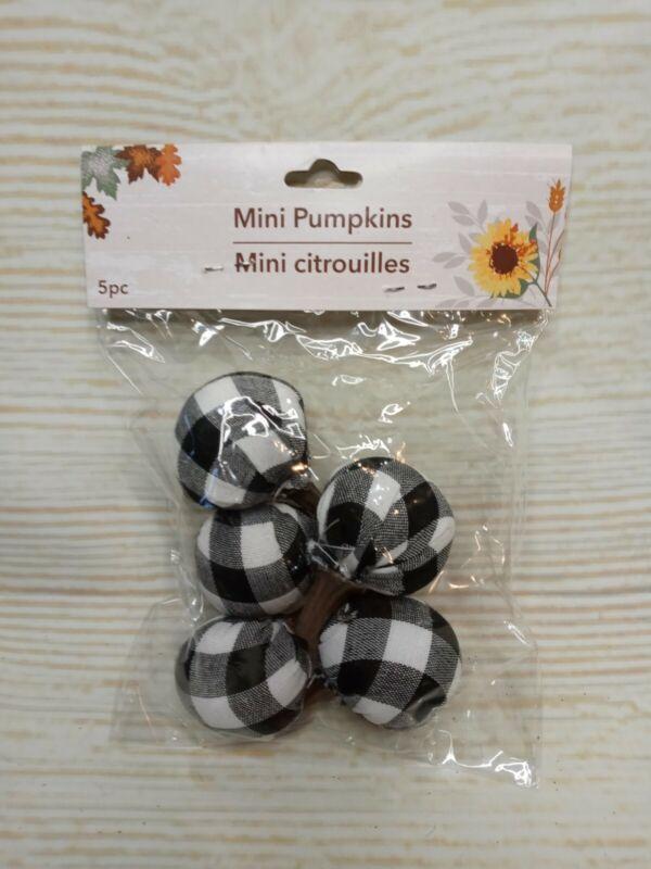New Set of 5 MINI Fall Buffalo Plaid  Pumpkins Tabletop Decor Vase Filler Crafts