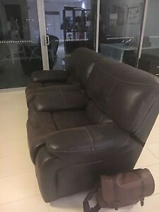 Recliners X 2 in excellent condition Biggera Waters Gold Coast City Preview