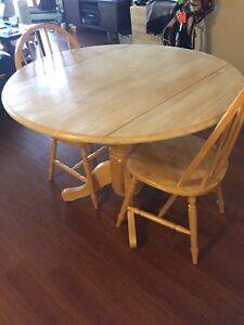 Pine Dining Room Set