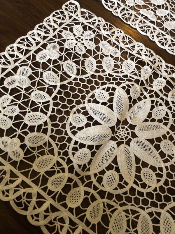 Stunning Antique Point De Venise Needle Lace 4 White Placemats