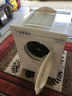 FISHER & PAYKEL CLOTHES DRYER