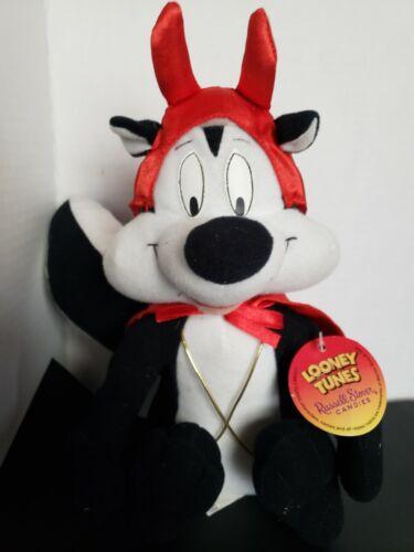 Vintage Pepe Le Pew Plush Warner Brothers Skunk Stuffed Animal 1999 Plushie NWT