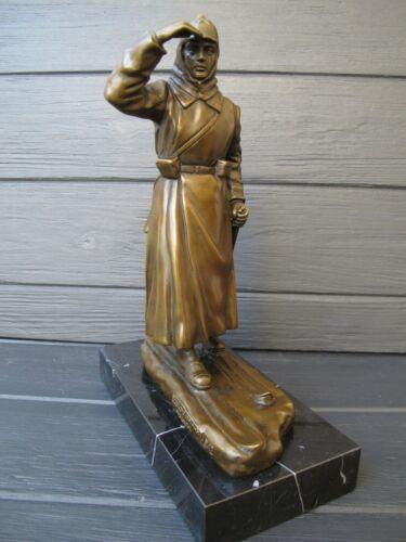 RUSSIAN SOLDIER SOVIET RED ARMY   Statue  bronze