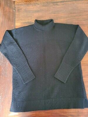 Great condition! LULULEMON Women's Sweater Turtleneck BLACK SIZE 6