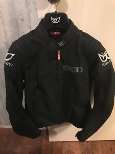 Ladies Berik Leather Jacket Nollamara Stirling Area Preview