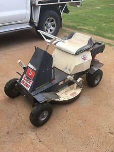 Cox ride on mower Toowoomba Toowoomba City Preview