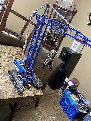 Brand New With Out box And Built LEGO Technic 42042 Crawler Crane