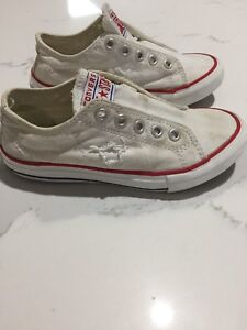 f1c4f492f3c9 Converse chuck Taylor s boys shoes runners