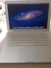 MacBook white edition 2012 Clarkson Wanneroo Area Preview