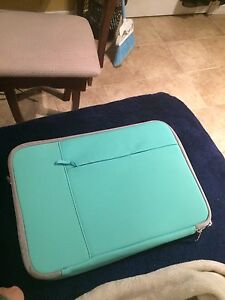 "13"" laptop cases/sleeves"