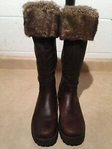Women's Tall Brown Insulated Boots Size 8.5 London Ontario image 3