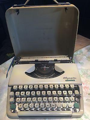 Olympia splendid 66 Typewriter (Schreibmaschine) Mit Koffer