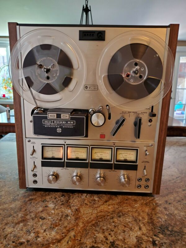 Vintage Akai 202D-SS Reel to Reel Tape Deck 4Channel Quad Stereo