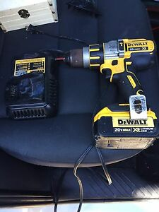 Selling 20v dewalt drill. One battery and charger