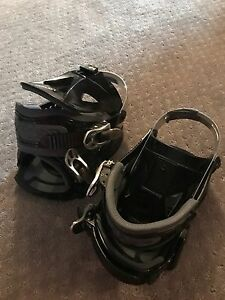 Snow board bindings great shape. Youth