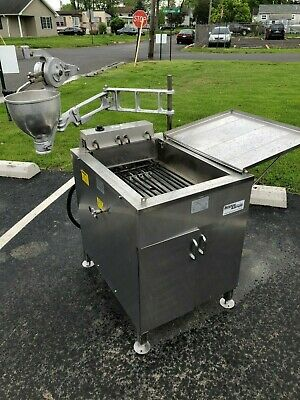 Belshaw 618l Electric Fryer With Type B Depositor  Manufactured In 2016