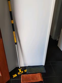 Enjo Mop and 2 x fibres