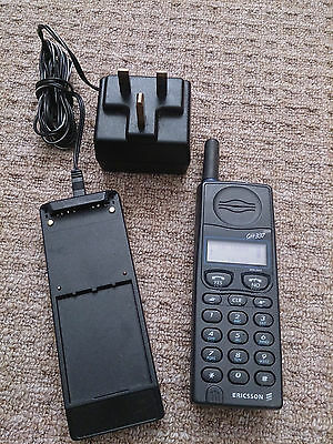 RARE Vintage 1995 Ericsson GH337 fully working, unlocked, with charger