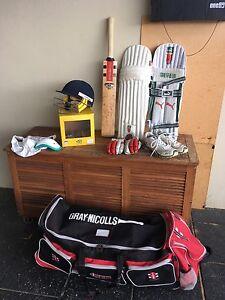 Complete set of cricket gear Shenton Park Nedlands Area Preview