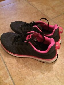 Adidas Sneakers-Size 6