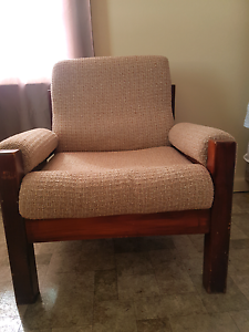 2 used chairs Beverly Hills Hurstville Area Preview