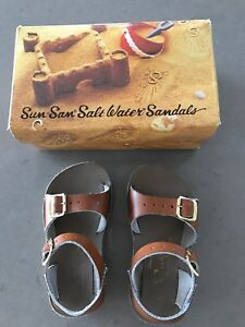 a2bc17ed5ad1 Saltwater sandals tan leather size 6 toddler