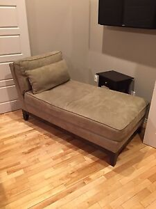 Chaise lounge, leather couch (2), bedroom set, etc