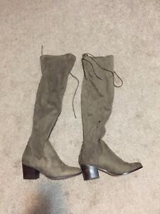 Above knee Boots - size 7.5