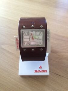 Nixon leather watch - men's/unisex