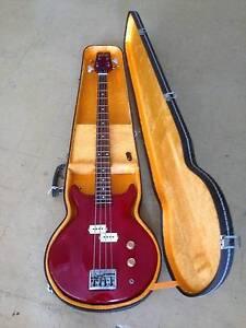 "1982 Washburn ""Scavenger"" Bass Guitar Chadstone Monash Area Preview"