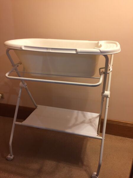 Baby bath with stand | Baths | Gumtree Australia Campbelltown Area ...