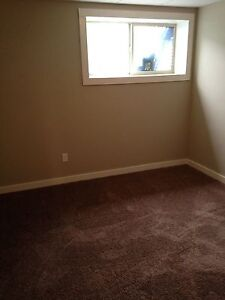 Room for rent in town house