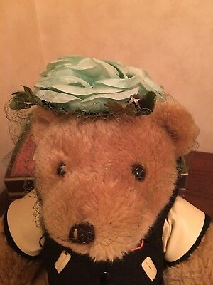 Vintage 1960s Flower And Veil Hat Pale Green