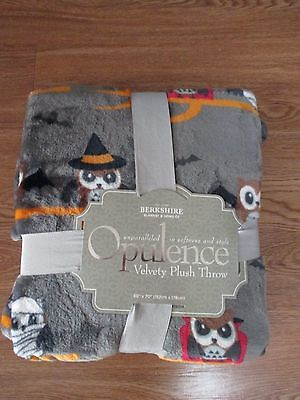 Cute Witch Halloween Costumes (NWT