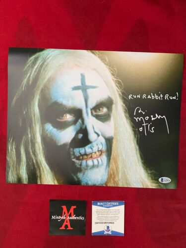 BILL MOSELEY AUTOGRAPHED SIGNED 11x14 PHOTO! HOUSE OF 1,000 CORPSES! BECKETT!