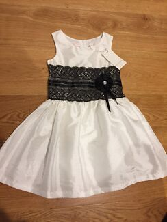 Victoria Rose Girls Dress Size 5 Special Occassion Wedding Christening
