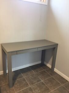 New grey desk good condition