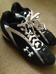 Unisex Under Armour Soccer Cleats