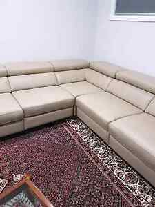 Leather 5 seater corner couch Kellyville Ridge Blacktown Area Preview
